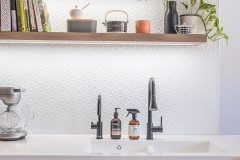 PressedTinPanels_KitchenSplashback_Savannah900x1800_WhiteSatin6