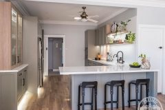 PressedTinPanels_KitchenSplashback_Savannah900x1800_WhiteSatin7