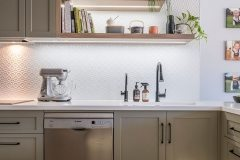 PressedTinPanels_KitchenSplashback_Savannah900x1800_WhiteSatin8