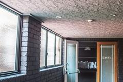 Pressed Tin Panels Snowflakes- ceiling - Canobolas Hotel