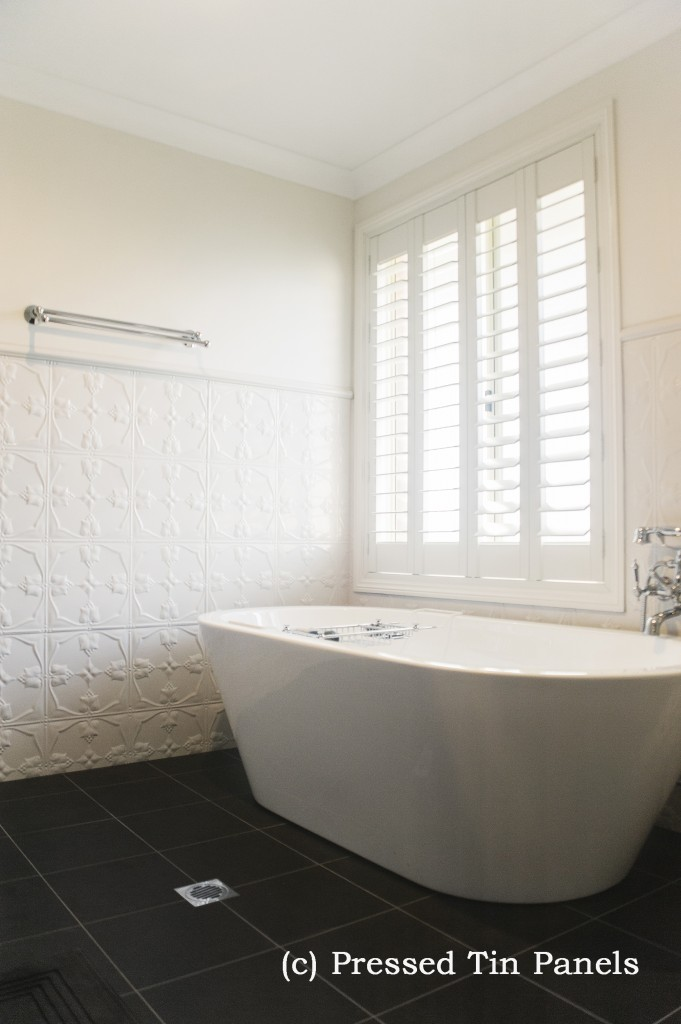 Tulip Bathroom Shoji White