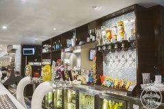 Bathurst RSL Club bistro bar showcases the Clover pattern