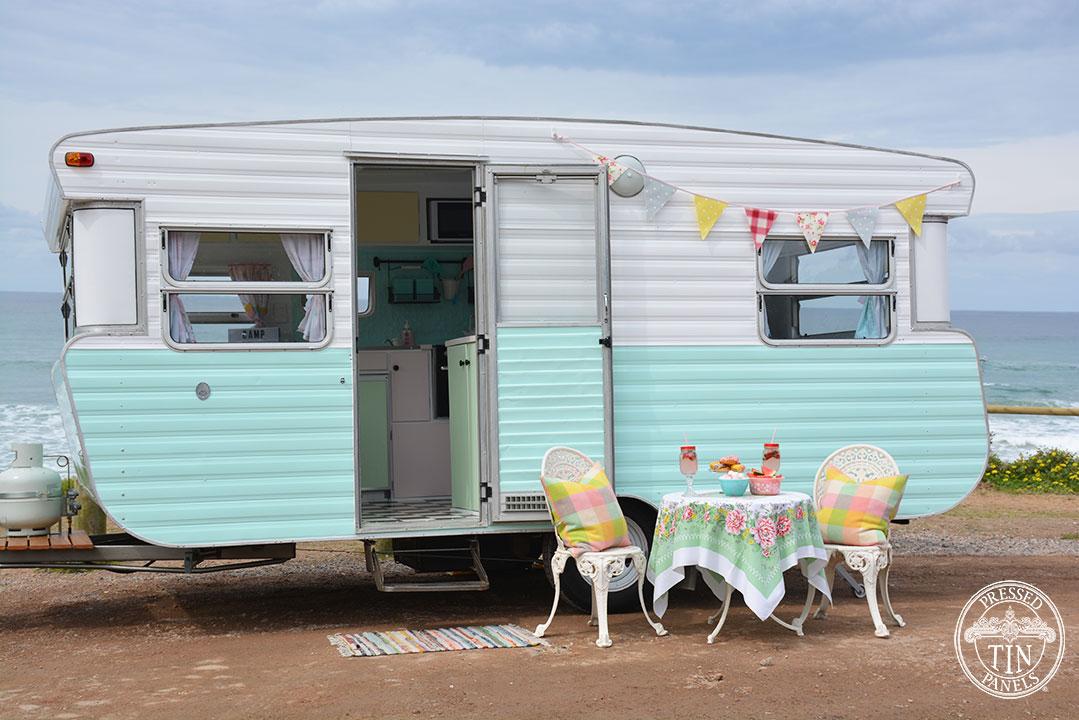 Cute caravan in a beaut setting