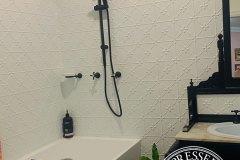 PressedTinPanels_Clover_Bathroom_ClassicWhite_SimonBull2