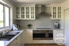 Pressed Tin Panels Clover Kitchen Splashback Mercury Silver Powder Coat Full
