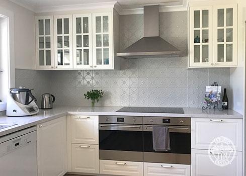 Pressed Tin Panels Clover Kitchen Splashback Mercury Silver Powder Coat
