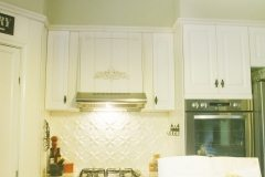 PressedTinPanels_Lattice Splashback WhiteBirch