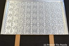 Spades pattern with Egg Border
