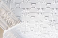 Evans pattern and the Egg& Grape Cornice