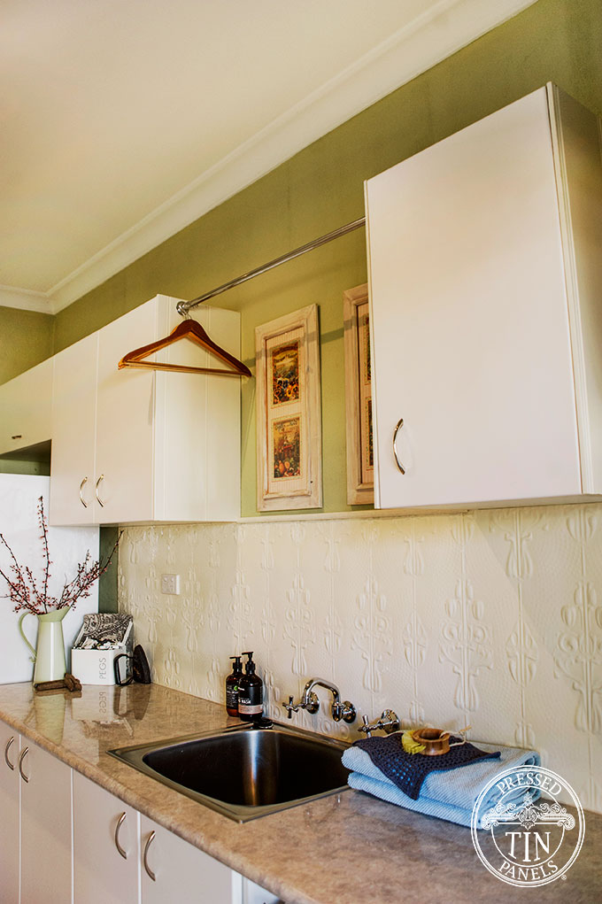 PressedTinPanels_Posy_LaundrySplashback_WhiteBirch2