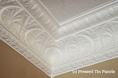 Peacock Cornice installed with internal mitre corner
