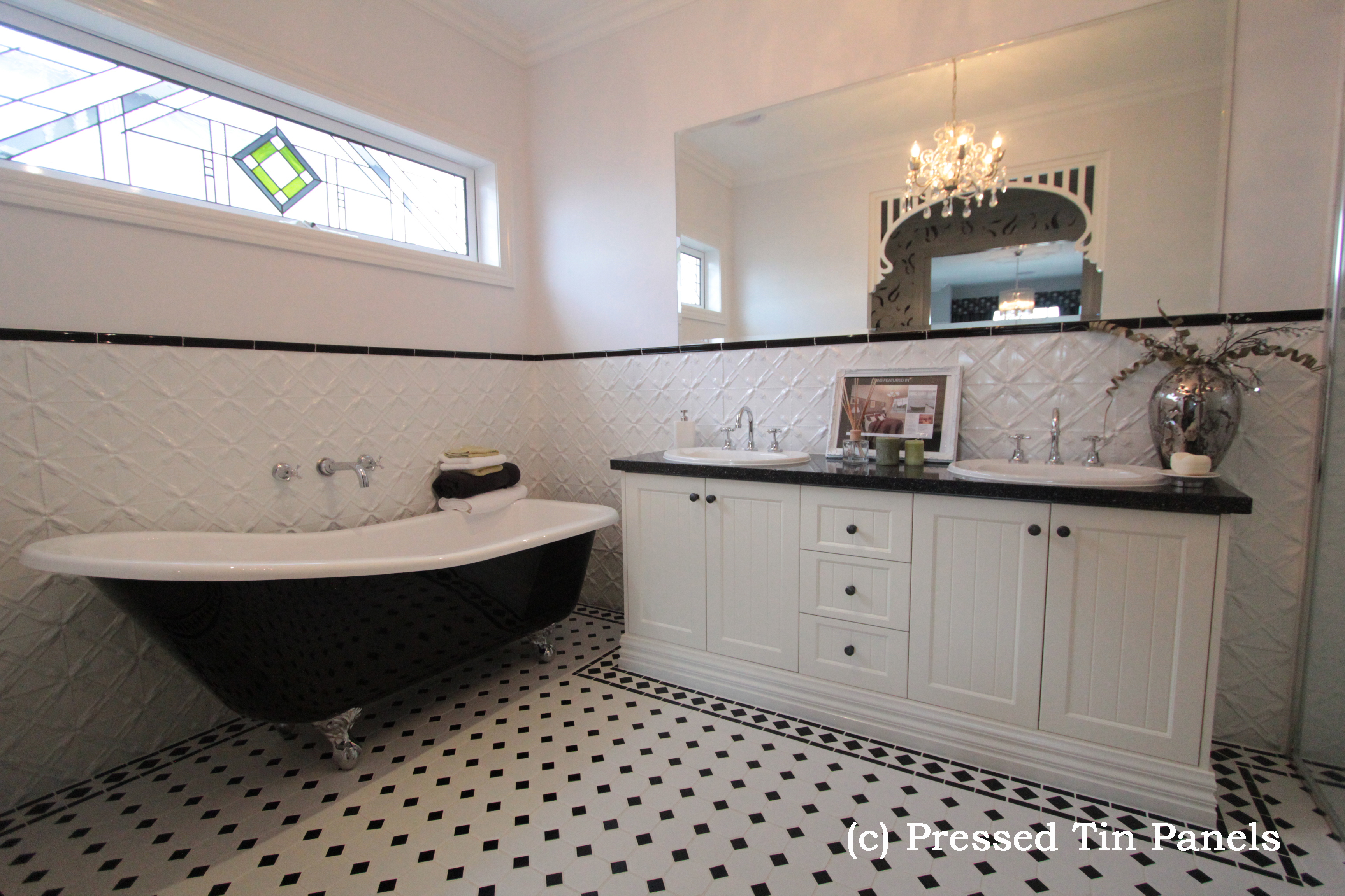 Lattice Bathroom Dado White