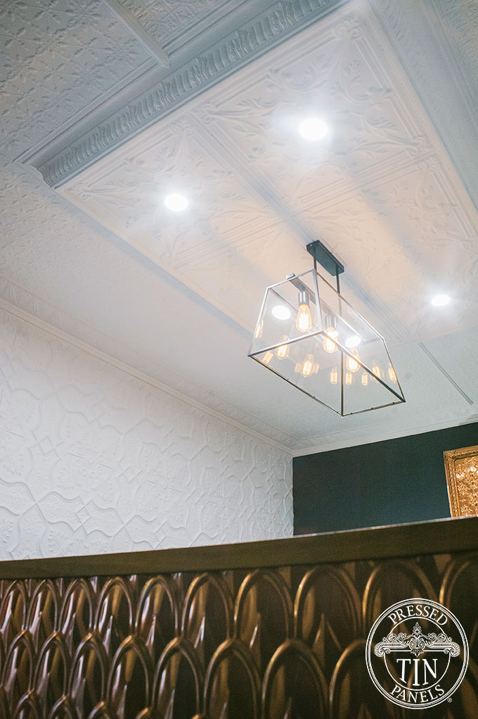 PressedTinPanels_Provincial600x600_MapleCornice_LoweredCeiling