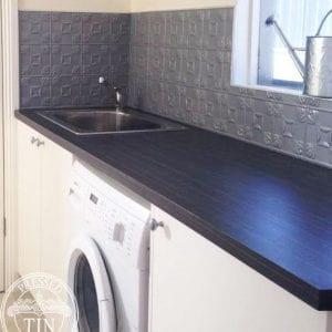 PressedTinPanels_Evans900x1800_LaundrySplashback_MercurySilver_Thumbnail