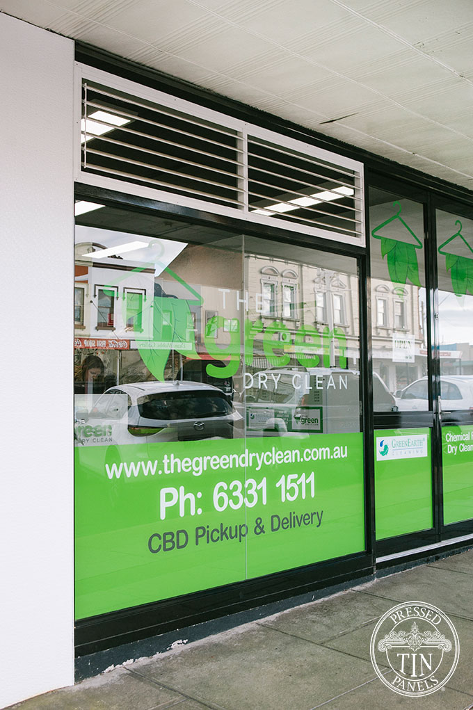 PressedTinPanels_RoughCastSmall_WhiteExteriorRetailCladding_GreenDryClean4