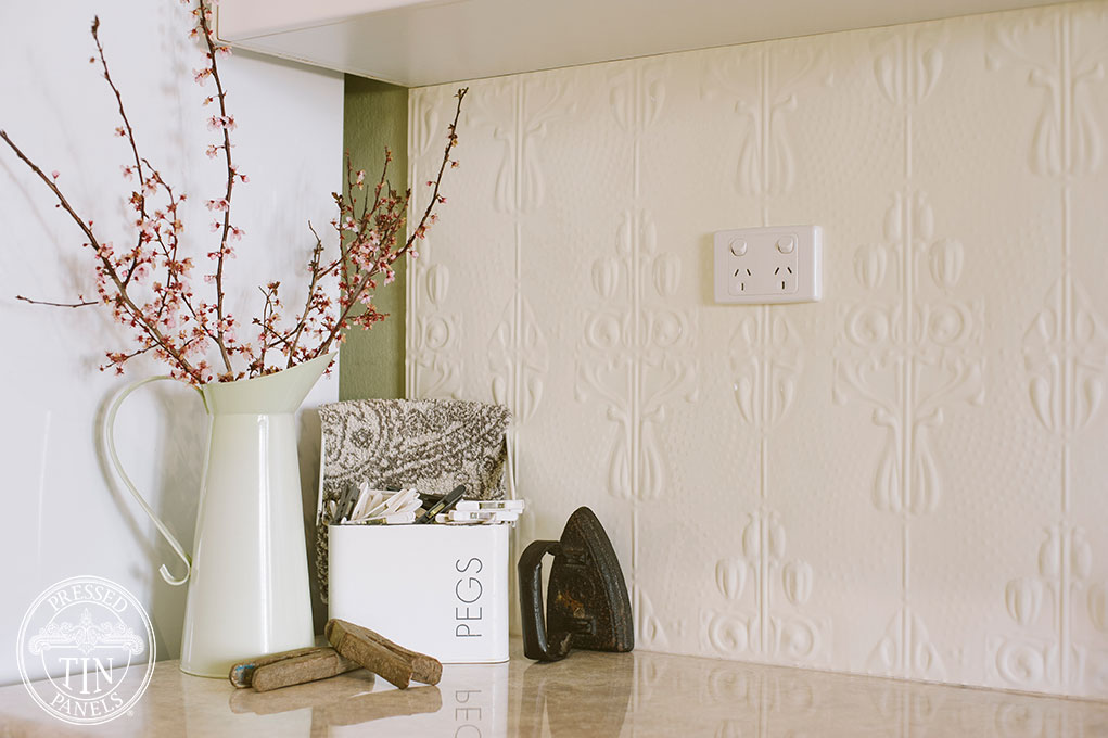 PressedTinPanels_Posy_LaundrySplashback_WhiteBirch3