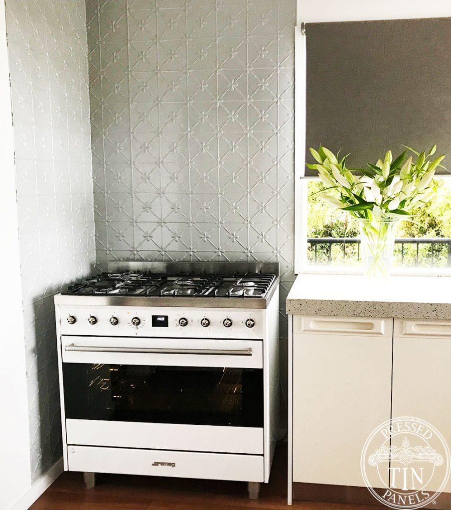 Pressed Tin Panels Clover Kitchen Splashback Mercury Silver