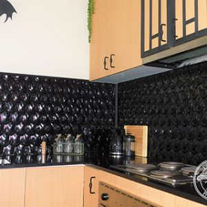 Fish Scale Kitchen Splashback Black Gloss Close Up