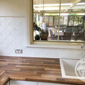 PressedTinPanels Clover Kitchen Splashback Classic White