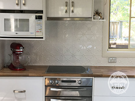 Pressed Tin Panels Clover Kitchen Splashback Classic White Powder Coat