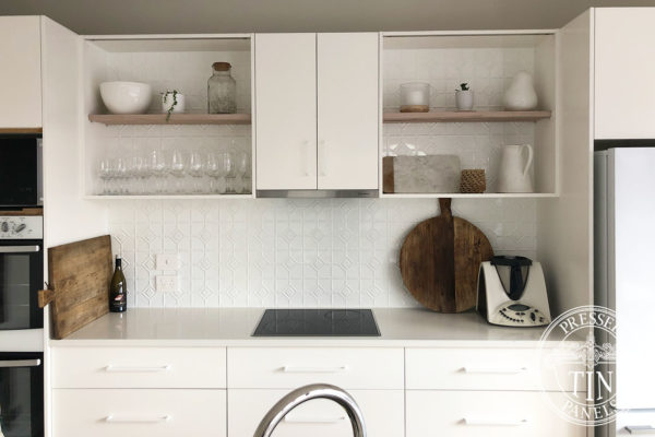 Pressed Tin Panels Mudgee KitchenSplashback BrightWhite SamSeymour01096
