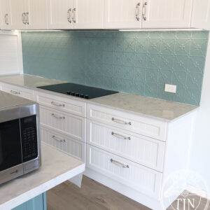 PressedTinPanels_Clover_kitchenSplash_LightBlue_WRS