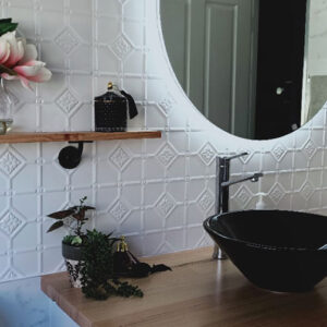 PressedTinPanels_Mudgee_Bathroom_ClassicWhite_NickyBirch3+